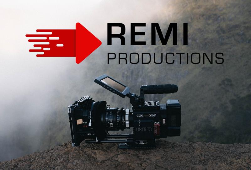 Logo til Remi Productions med en rød startknap med en abstrakt farthale hale